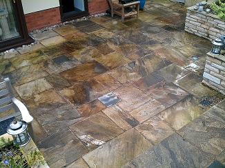 Superbe Photo Of Dirty Patio Stones Before Cleaning And Sealing